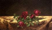 Martin Johnson Heade Roses Lying on Gold Velvet china oil painting reproduction